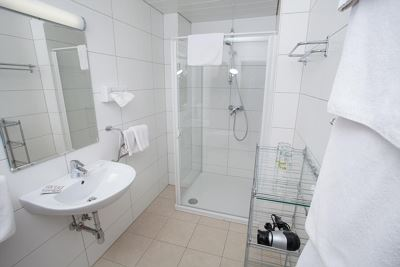 Apartment, shower and bath, toilet