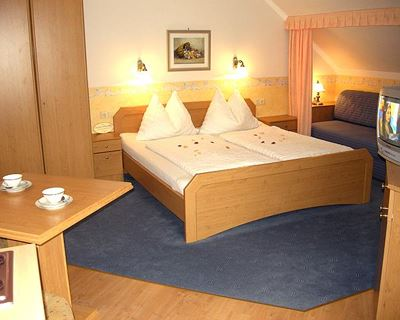 Double room Comfort Plus+ with extra bed