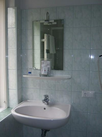 Single room, shower or bath, toilet, balcony