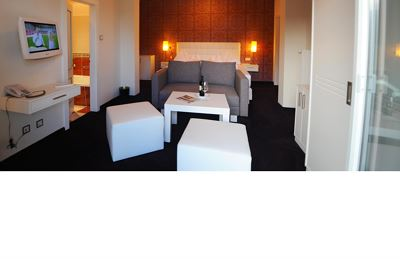 Junior suite, doccia, WC, sud