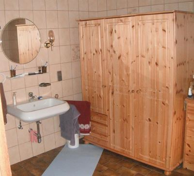 Holiday home, shower and bath, toilet, 3 bed rooms