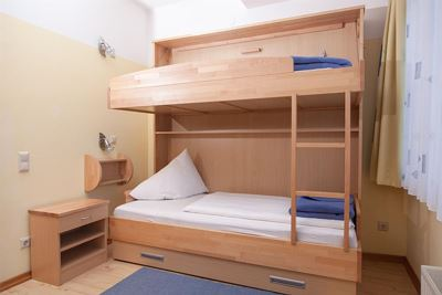 Junior suite, shower, toilet, 2 bed rooms