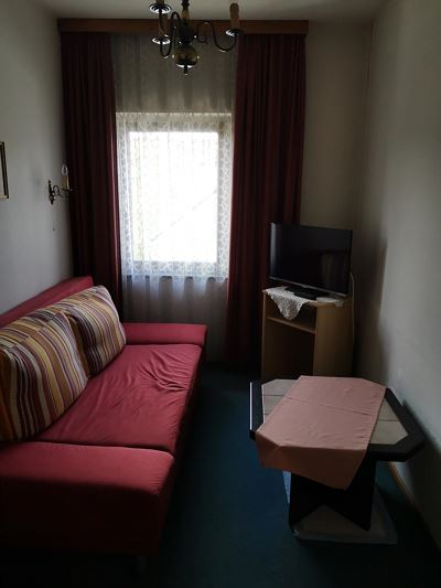 Double room, shower and bath, toilet, 1 bed room